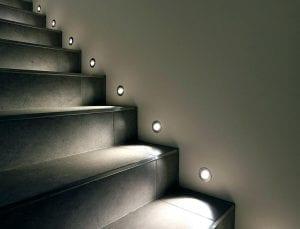 اضاءة-السلم-الداخلي-اسبوتات-سبوت-اسعار-السويدي